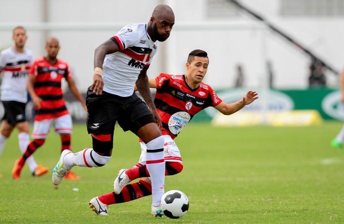 Campinense x Santa Cruz Copa do Nordeste (Foto: Marlon Costa / Pernambuco Press)