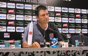 Adilson Coletiva Vasco (Foto: Raphael Zarko)