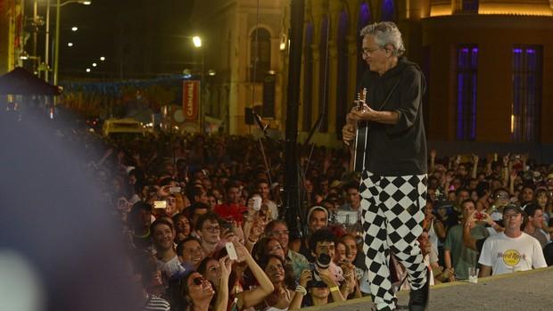 FOTOS: Caetano Veloso agita multidão no Marco Zero (Diego Moraes/G1)