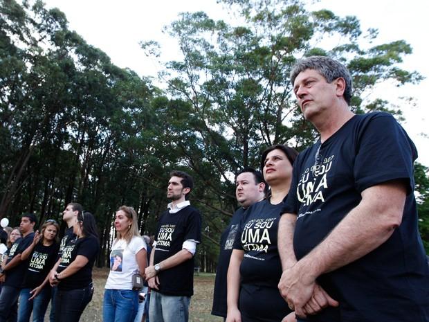Familiares das vítimas fazem homenagem no aniversário de seis anos do acidente, no último dia 29 (Foto: Bruno Spada/Divulgação)