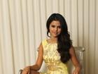 De vestido curto, Selena Gomez promove filme nos Estados Unidos