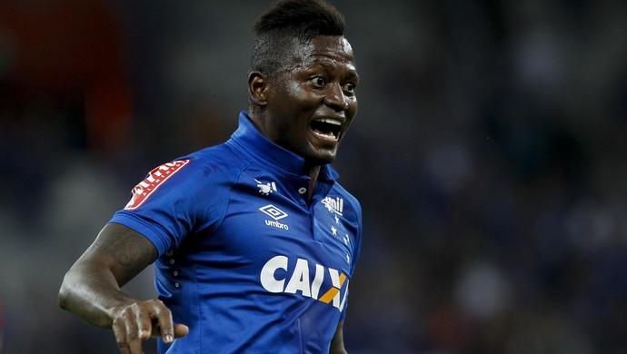Riascos, atacante do Cruzeiro (Foto: Washington Alves/Light Press)
