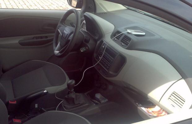 Leitor flagra interior da Chevrolet Spin (Foto: Adner Benvenuto / VC no AutoEsporte)