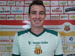 Felipe Zang - zagueiro do Sampaio (Foto: Afonso Diniz)
