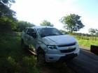 Caminhonete capota e duas  jovens morrem no oeste da Bahia