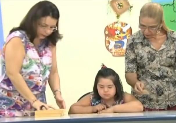 Criança tem a chance de se sentir integralizada e reconhecida entre os colegas (Foto: TV tapajós)