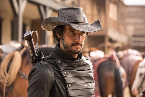 O ator Rodrigo Santoro em cena de Westworld (Foto: Divulgação)
