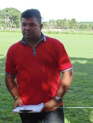 Péricles Veloso, técnico do Caiçara (Foto: Ricardo Andrade)