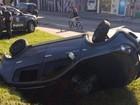 Suspeitos capotam carro e um deles é baleado após perseguição em SP