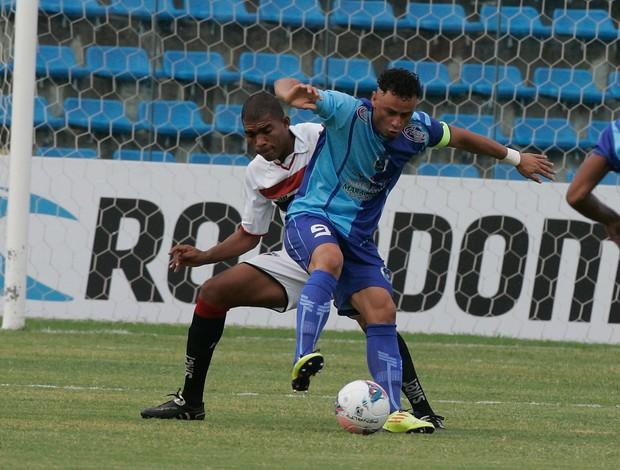 Ferroviário, com vitória, chegou aos 27 pontos e retomou a liderança (Foto: Kiko Silva / Ag. Diário)