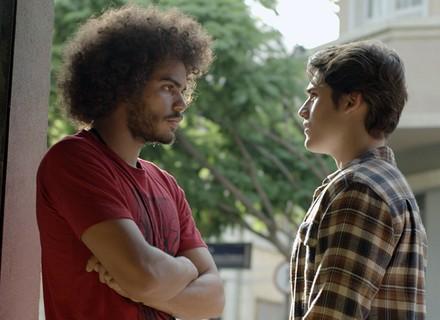 Pedro diz pra Rodrigo que Luciana não quer mais nada com ele