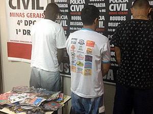 Polícia Civil apreende mídias falsificadas em Juiz de Fora (Foto: Assessoria Polícia Civil/Divulgação)