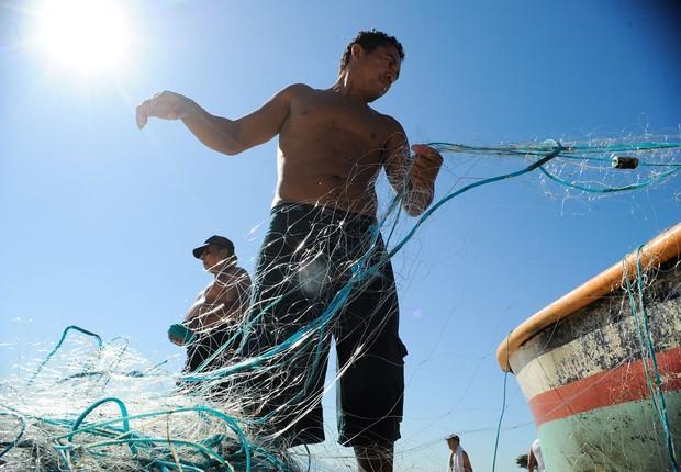 Pescadores no Rio de Janeiro ; pesca artesanal ; defeso ;  (Foto: Tânia Rego/Agência Brasil)