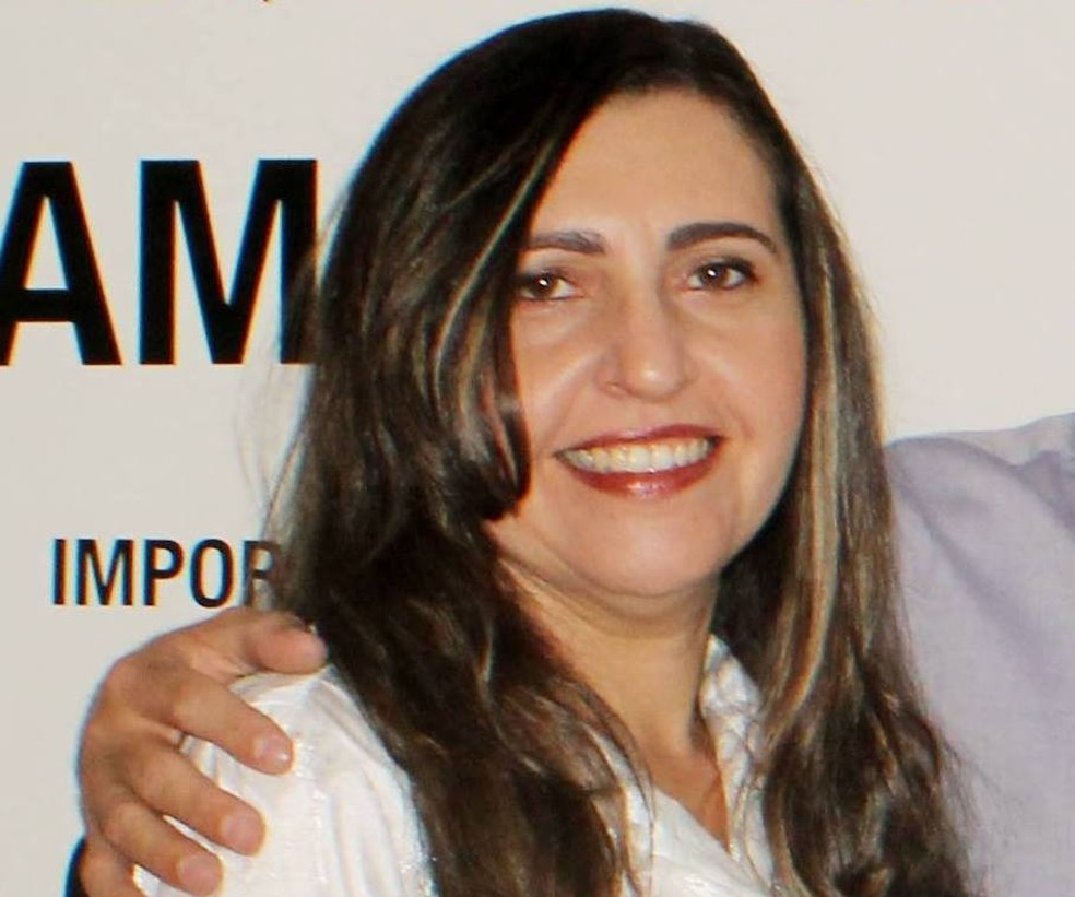 Joseney Rodrigues era diretora do Campus da UERN em Pau dos Ferros (Foto: Reprodução/Facebook)