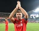 Gerrard volta a vestir a camisa do Liverpool em jogo festivo em Sidney