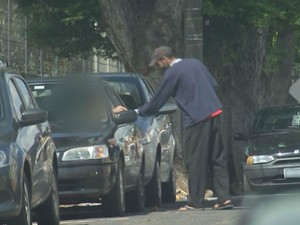 Motorista se intimidam (Foto: Reprodução / TV TEM)
