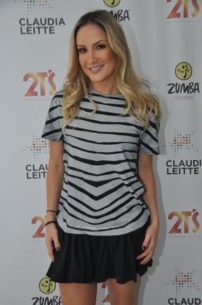 Claudia Leitte em bastidores de show no Rio (Foto: Bruno Henrique/ Divulgação)