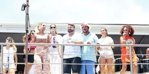 Ivete, Carlinhos Brown e Timbalada comandam arrastão em Salvador (Mauro Zaniboni /Ag Haack)