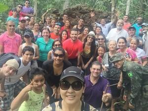 Comissão de acadêmicos, professores e pesquisadores em visita a Costa Marques (Foto: Divulgação/G1RO)