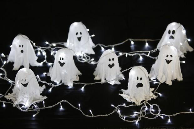 Halloween 2016: vídeo mostra passo a passo para fazer  fantasminha luminoso para decorar a casa no Dia das Bruxas (Foto: Marcos Serra Lima/EGO)