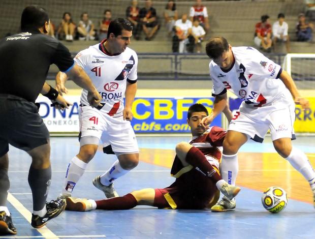Orlândia e Joinville, Taça Brasil de Futsal (Foto: Luciano Bergamaschi / CBFS)