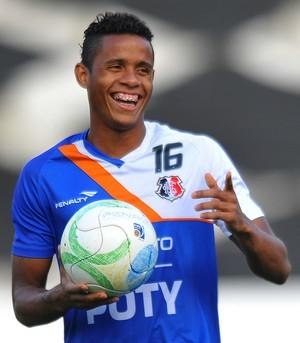 Everton Sena Santa Cruz (Foto: Aldo Carneiro / Pernambuco Press)
