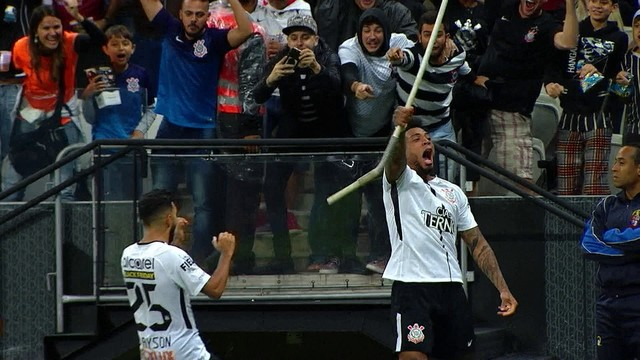 Corinthians: agora sim, com nove dedos na taça!