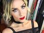 Giovanna Ewbank arrasa com look de renda transparente e saia colada