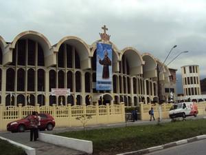 Paróquia São Francisco de Assis fica no bairro Vila Nova (Foto: Divulgação / Diocese de Santos)