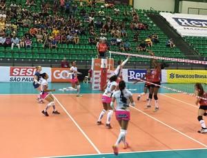 Valinhos x Sesi, Superliga feminina (Foto: Reprodução Redes Sociais Renata/Valinhos)