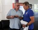"""Em nota, Oswaldo detona diretoria do Corinthians: """"Cometi grande equívoco"""""""