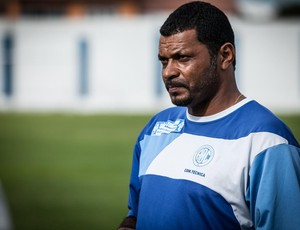 Nadélio Rocha, técnico do Confiança (Foto: Filippe Araujo / ADC)