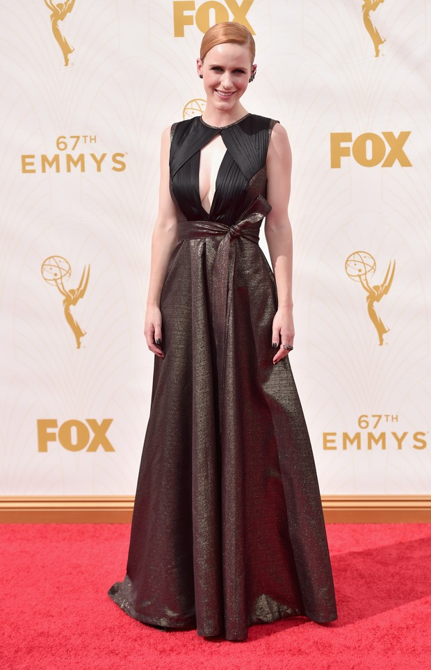 Rachel Brosnahan no Emmy Awards (Foto: Getty Images)