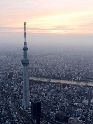 Japão inaugura a torre mais alta do mundo (Foto: Reuters)