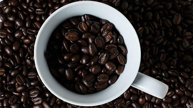 Café em excesso pode causar ansiedade e dificuldade para dormir (Foto: PA/BBC)