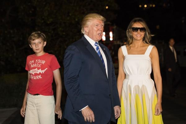 Donald Trump, Melania Trump e o filho caçula dos dois, Barron (Foto: Getty Images)