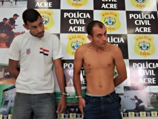 Michael Araújo (à esquerda) será encaminhado novamente para Manaus, Marrilson Araújo permanece preso em Rio Branco  (Foto: Denis Henrique/G1)