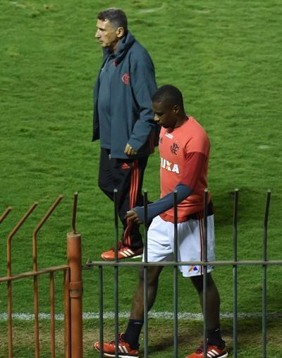 Juan Flamengo Lesão Chapecoense Volta Redonda (Foto: André Durão)