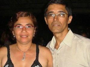 Adílio e Gláucia antes dela ter sofrido o AVC; atualmente, ambos têm 50 anos (Foto: Arquivo pessoal)