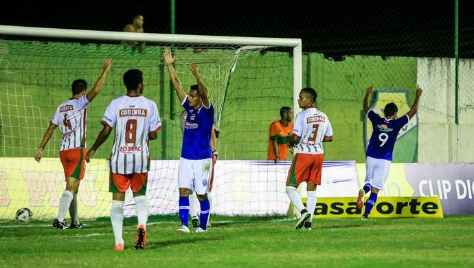 CSA x CEO, em Coruripe Gol de Jacó (Foto: Ailton Cruz / Gazeta de Alagoas)
