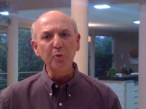 José Roberto Arruda em vídeo-resposta às imagens divulgadas pela revista Época (Foto: Reprodução)