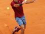 Federer segura ímpeto de promessa alemã e estreia com vitória em Roma