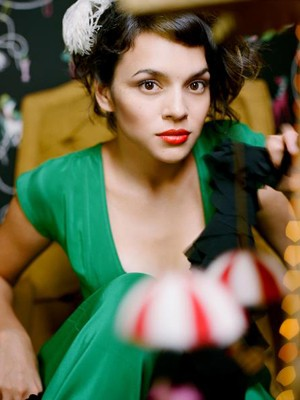 Norah Jones Announces 2012 Brazil Tour