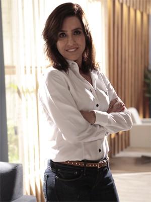 Monique, em ótima forma, volta feliz da vida para a TV (Foto: Salve Jorge/TV Globo)