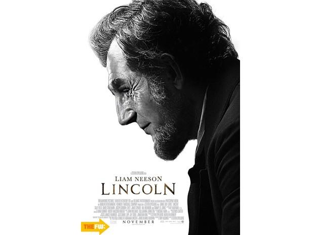 Liam Neeson, que já foi cotado para o papel, assume o lugar de Daniel Day-Lewis em cartaz editado de 'Lincoln' (Foto: Reprodução)