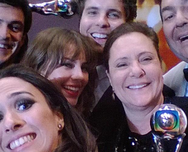 Faustão Localidade: Não FICA de fóruns e Garante selfie com elenco de Amor à Vida!  (Foto: Arquivo Pessoal)