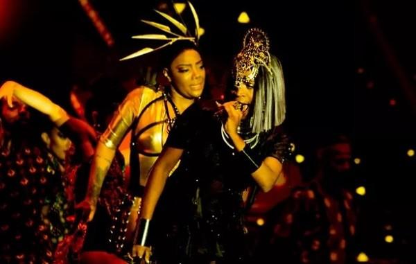 """Ludmilla e Karol Conka cantaram a música """"Pagu"""", de Rita Lee e Zélia Duncan, na premiação  (Foto: Multishow)"""