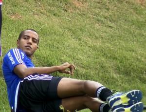 Breno Lopes, lateral-esquerdo da Ponte Preta (Foto: Carlos Velardi/ EPTV)