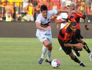 Sport x Santa Cruz  (Foto: Aldo Carneiro)