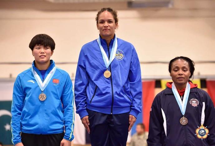 Aline Silva campeã mundial militar luta olímpica (Foto: Divulgação/CBLA)